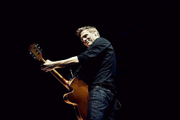 Bryan Adams 2014 auf Tour in Deutschland (Foto: www.mlk.com)