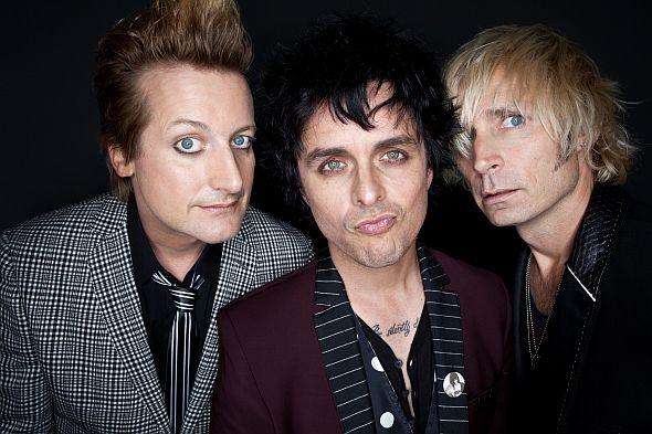 """Green Day machen heißes Video zur ersten Single """"Oh Love"""" des neuen Albums """"Uno""""!"""