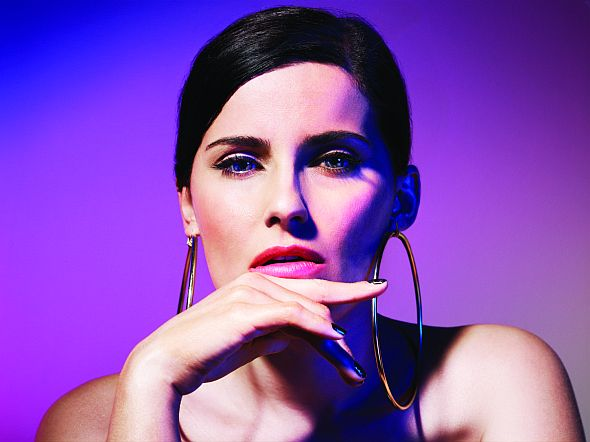 "Nelly Furtado will mit neuer Single ""Big Hoops"" und Video neu durchstarten."