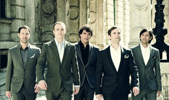 Adoro Foto Universal Music/ (c) 2011 Ben Wolf